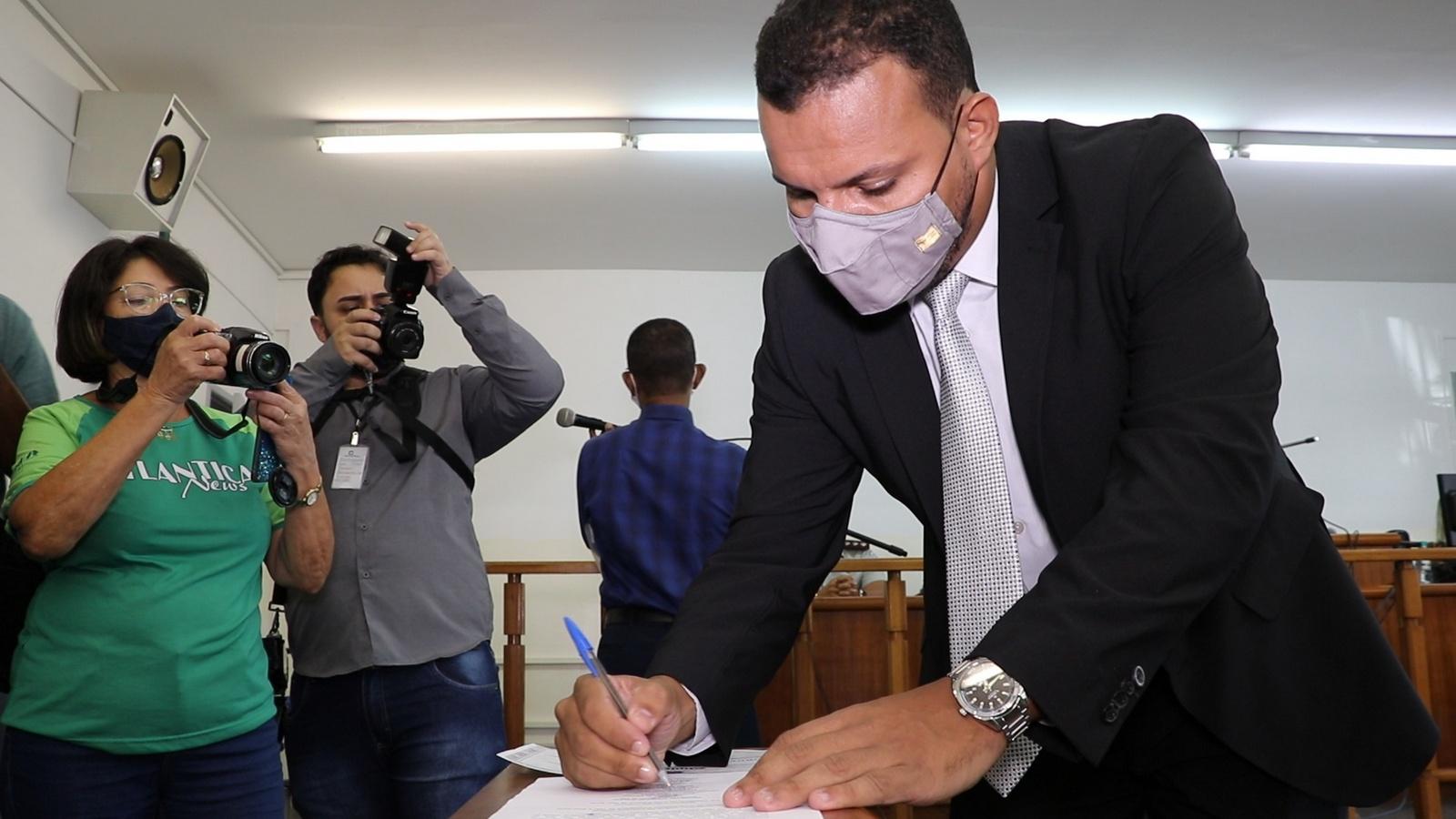 Diplomação: Juiz convoca eleitos a se pautarem pelo interesse público
