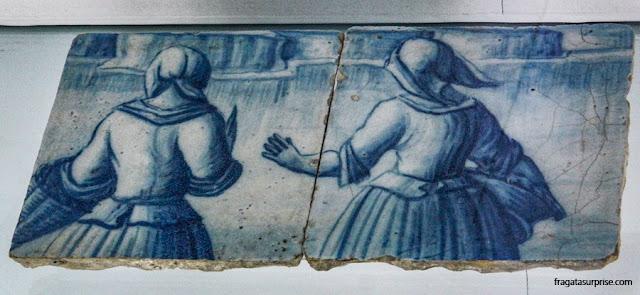 Fragmento de azulejo no Museu Amadeo de Souza-Cardoso, Amarante, Portugal