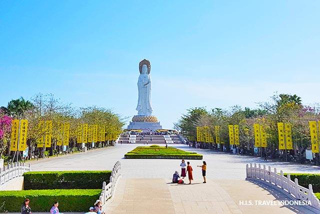 patung guanyin di hainan china