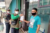 Cegah Melebarnya Pandemi Covid-19, NU Jakbar Bagikan Hand Sanitizer dan Masker Gratis