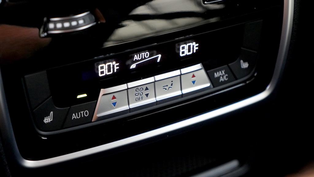 Hình Xe BMW X5 Ngoại Thất Xanh Nội Thất Đen Mới Nhất 2020 tại việt nam