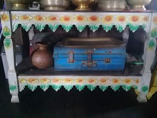 koper di rumah bubungan tinggi