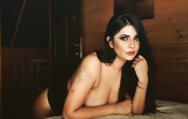 Seeing the hot pictures of 'Gandii Baat' fame Aabha Paul