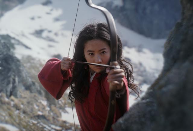 """Clássico da Disney se torna um épico live-action no 1º trailer de """"Mulan"""""""