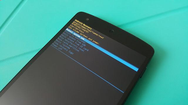 Cum resetezi un telefon Android la setările sau configurarea din fabrică