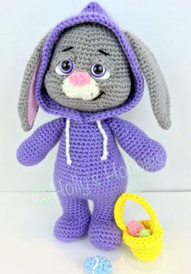 amigurumi crochet Easter Bunny in jumpsuit