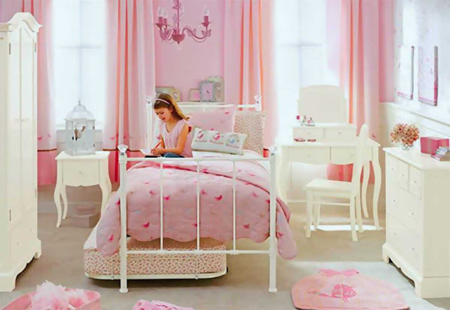 SUITABLE BEDROOM FOR A YOUNG GIRL