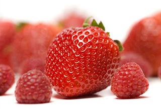 السرطان الوقاية منه تبدأ بالمائدة berry.jpg