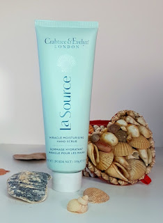 Crabtree & Evelyn La Source Miracle Moisturising Hand Scrub