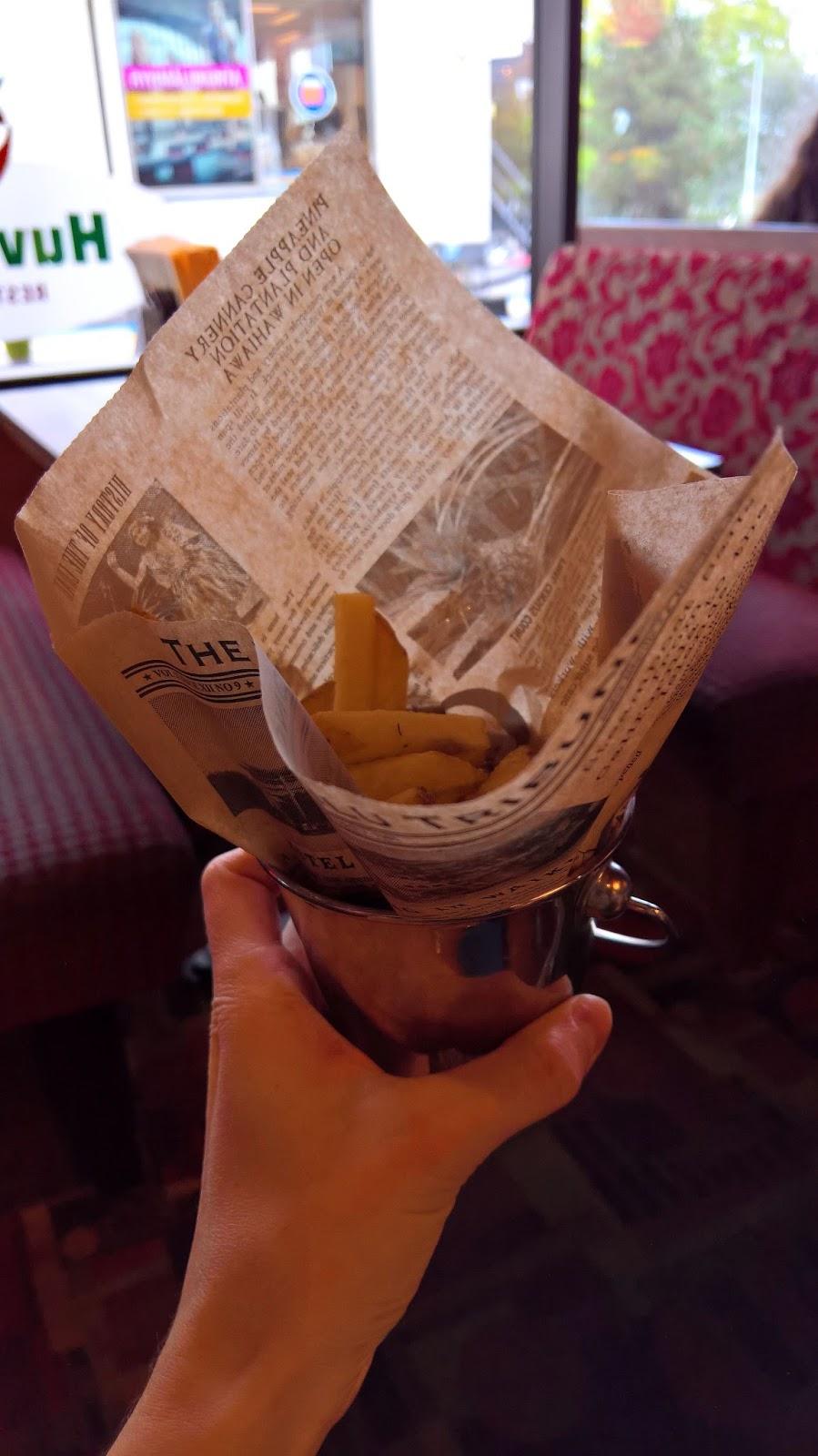 mallaspullan hampurilaistesti jyväskylä hampurilainen huviretki ranskalaiset