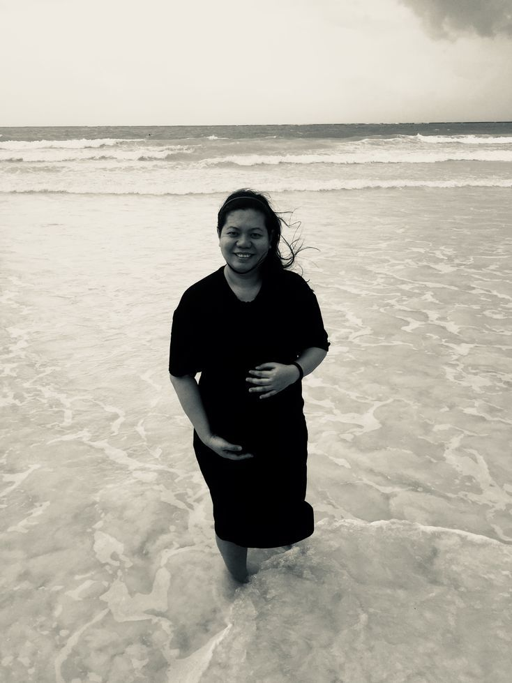 Enjoying the waters of Boracay while pregnant