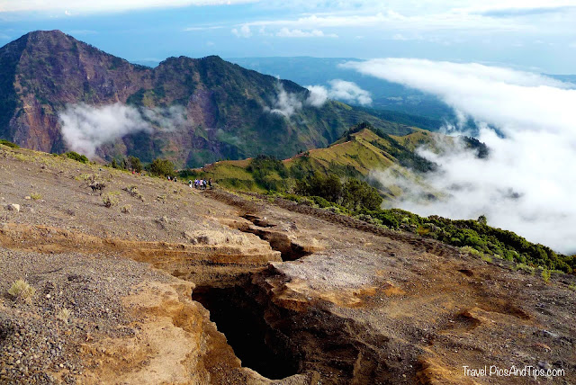 Going down, Trekking mount Rinjani Indonesia