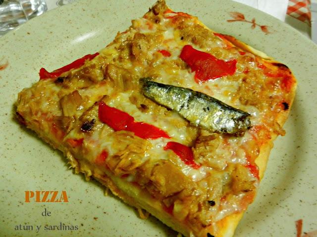 """""""Pizza de atún y sardinas"""""""