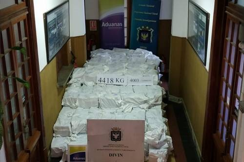 Drama As Large Consignment Of Cocaine Shipped From Nigeria Gets Seized By UK Officials