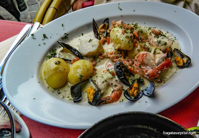 Waterzooi, prato típico belga, com frutos do mar