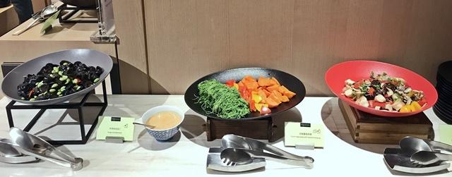 台北國泰萬怡酒店 MJ Kitchen自助餐廳~台北葷素吃到飽