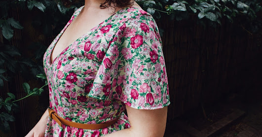 Floral 50's Summer Dress - Sew Over It Betty Dress Pattern Review