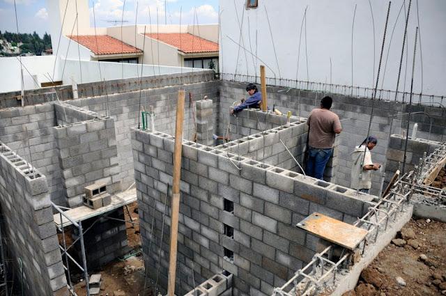 Si tienes un terreno propio el Infonavit puede darte un crédito para construir