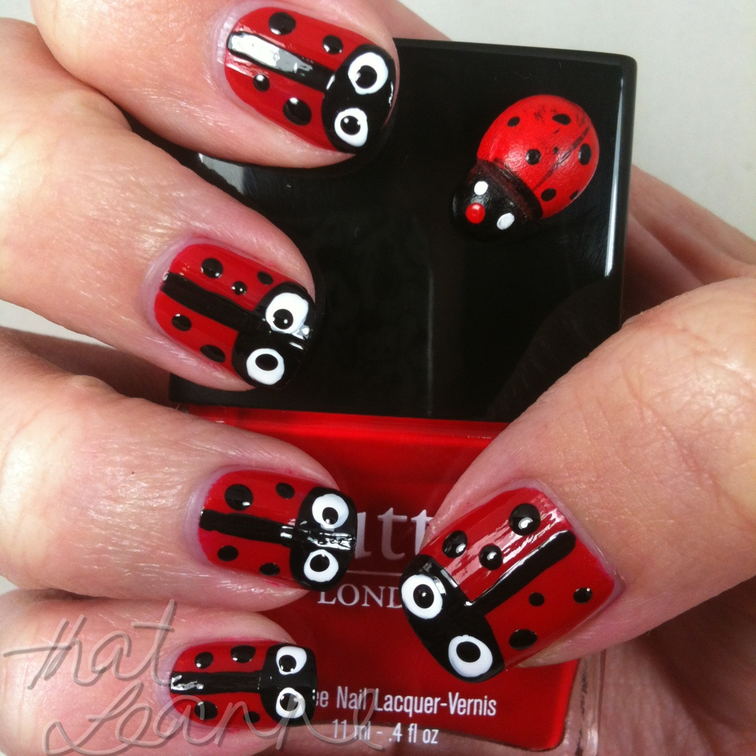 Thatleanne: Easy Lady Beetle Nail Art