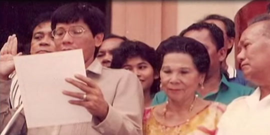 Duterte taking his oath