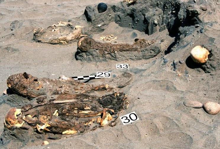 Un site funéraire d'une culture inconnue découvert au Pérou