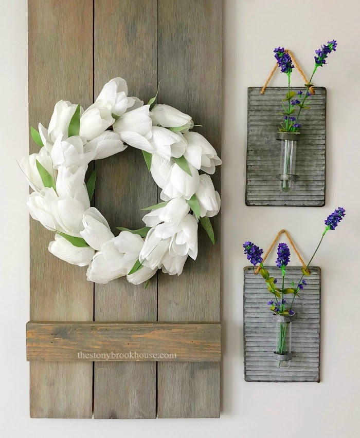 white mini tulip wreath