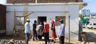 सेवा ही संकल्प ग्रुप द्वारा असहाय गरीब एवं जरूरतमंदों को राशन की पहुंचाई जा रही किट