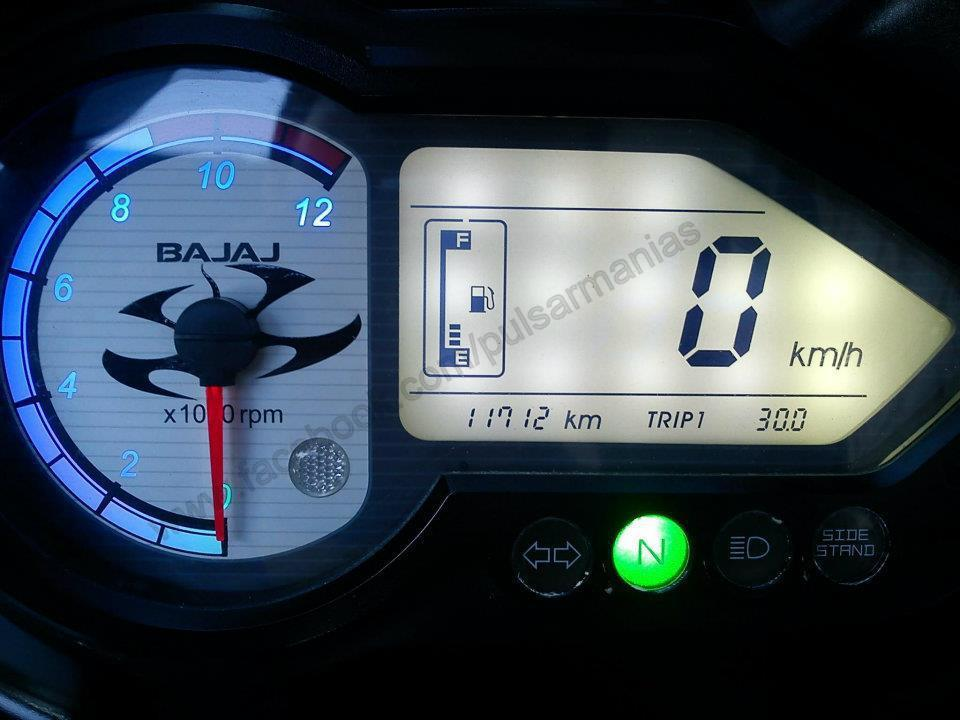 Pulsar Lover: Changing Back Light Colour of Speedo Console of Pulsar
