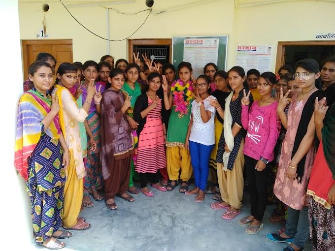 धोरीमन्ना की कला वर्ग टॉपर्स रंभा कुमारी की पहली पसंद बना वरदान कोचिंग क्लासेज धोरीमना