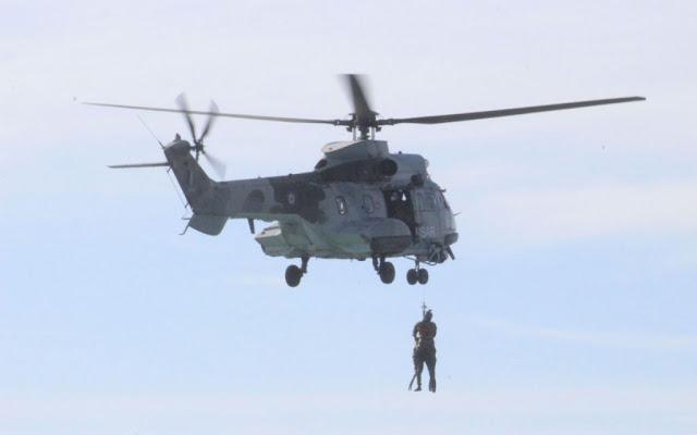 Ναύτης δεξαμενόπλοιου ανοικτά της Πύλου κατέληξε πάρα την επιχείρηση της Πολεμικής Αεροπορίας