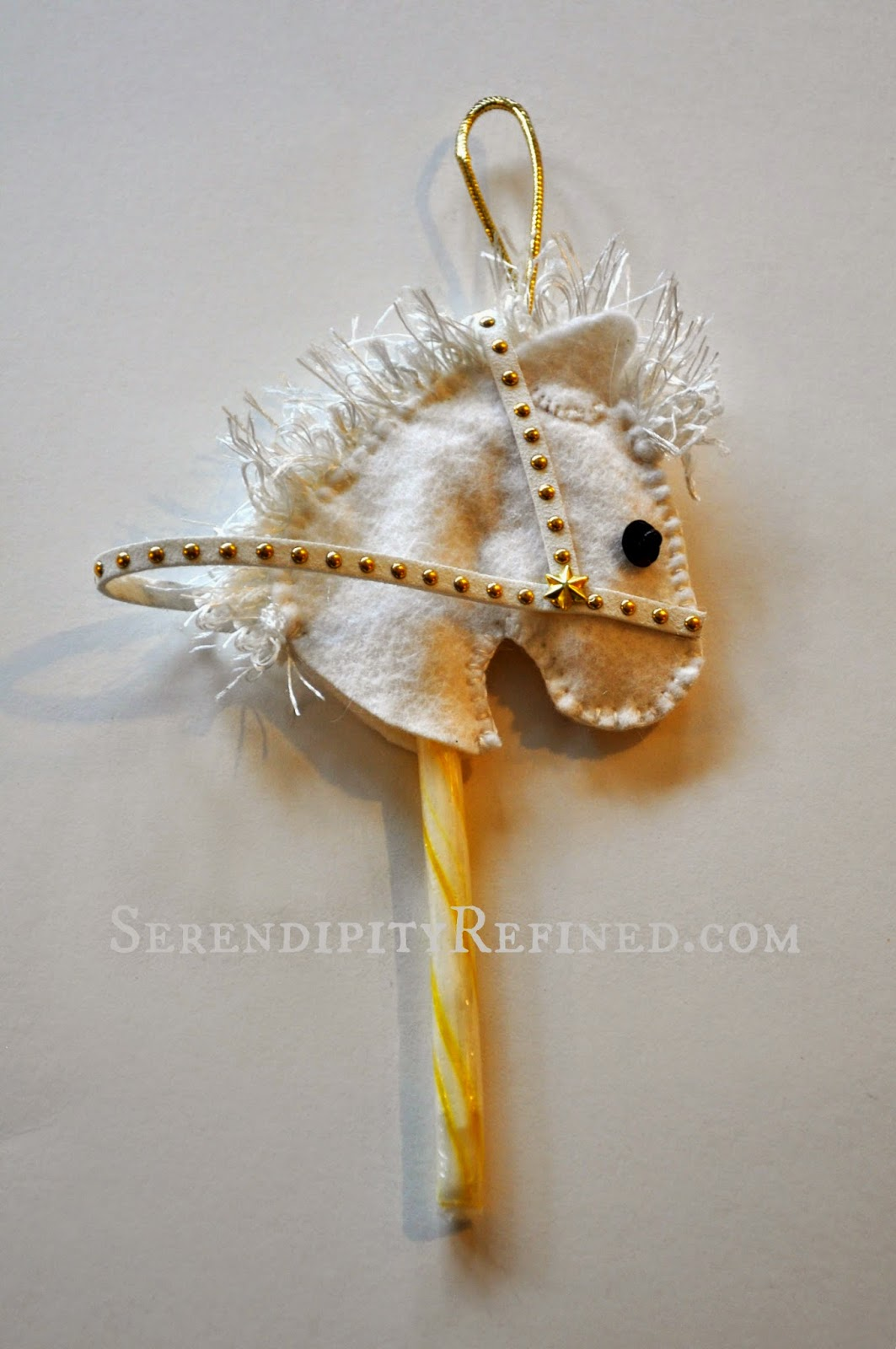 Serendipity Refined Blog No Sew Felt Horse Head Candy