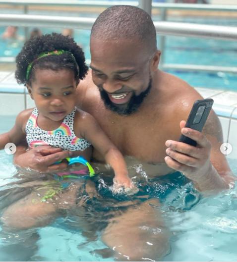 Social media users reacts as Laura Ikeji storms in bikini, debunks pregnancy rumours
