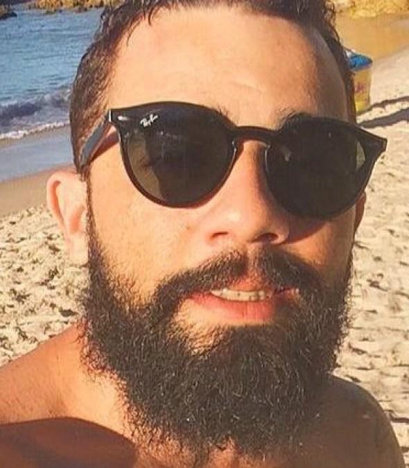 Jovem é encontrado morto dentro de apartamento; namorado é detido