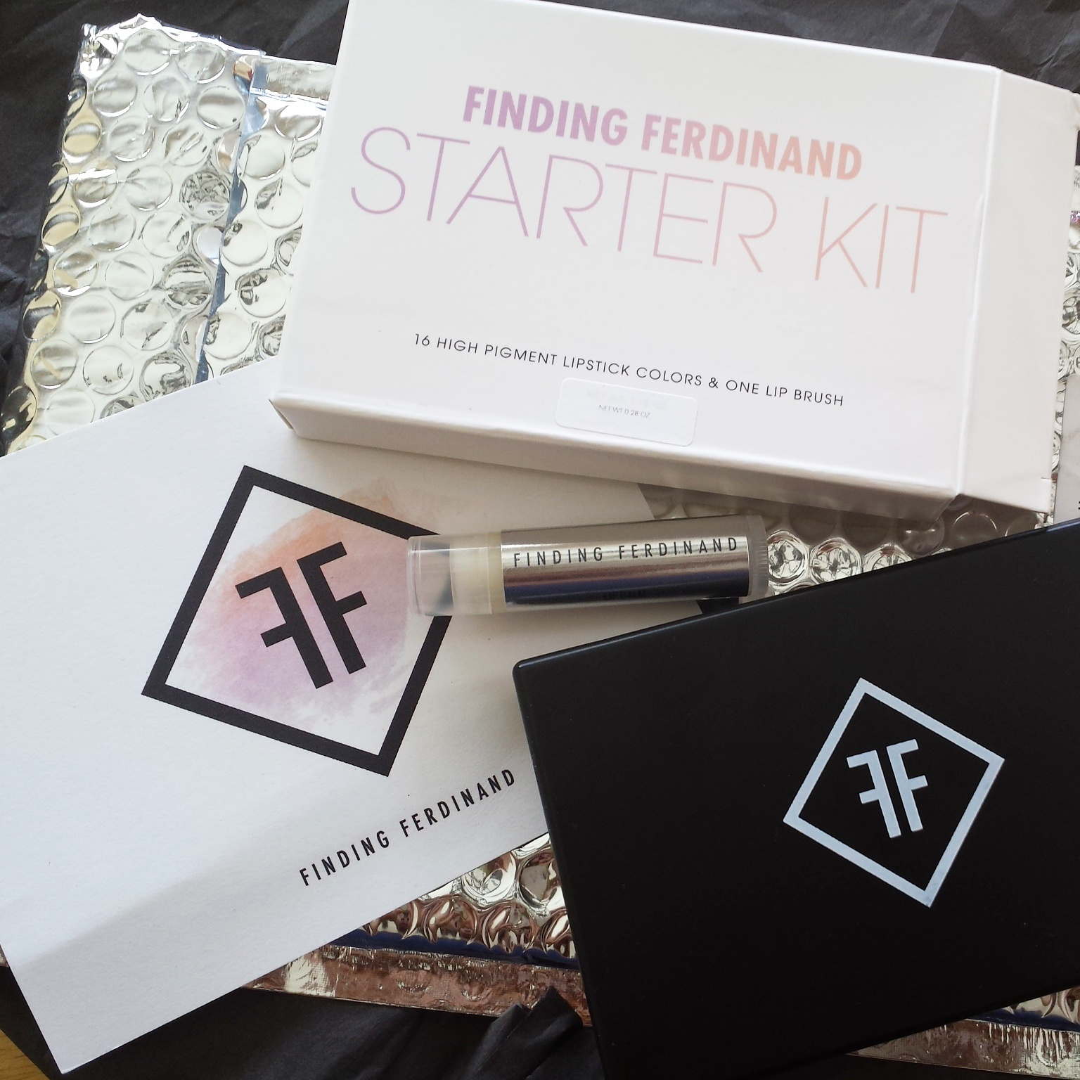 finding ferdinand, custom lipstick, starter kit, ffgirl, ffstarterkit, indie beauty, products, independent, makeup, lippies, made in ny, new york, made in the us, usa, nhu, packed party, happy holidaze