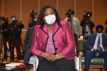 Mama Dr Ida Odinga at the Sinema, mobile library launch