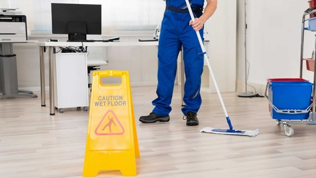 how to choose best cleaning company clean office pandemic commercial cleaner service pandemic