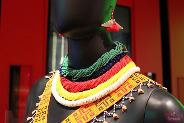 Exposição miçanga no Museu do Indio