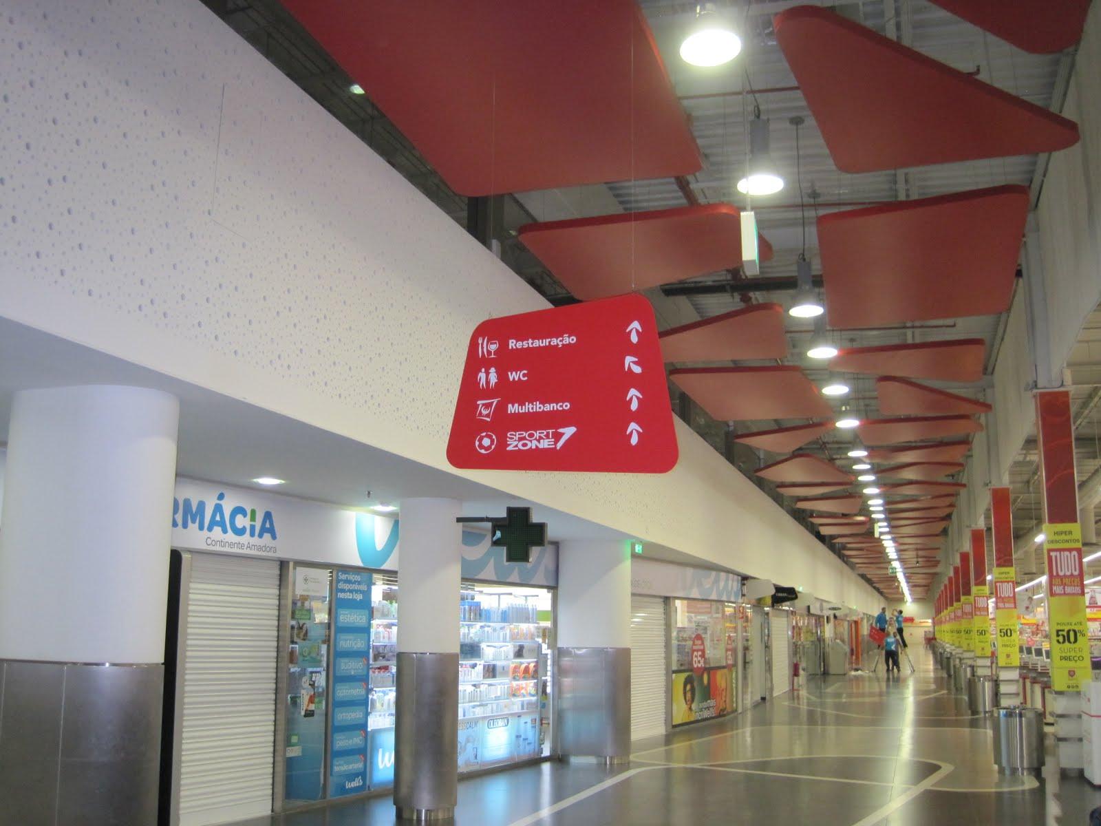 04b05e1eefb Above Below renova a sinalética do Centro Comercial Continente Amadora.