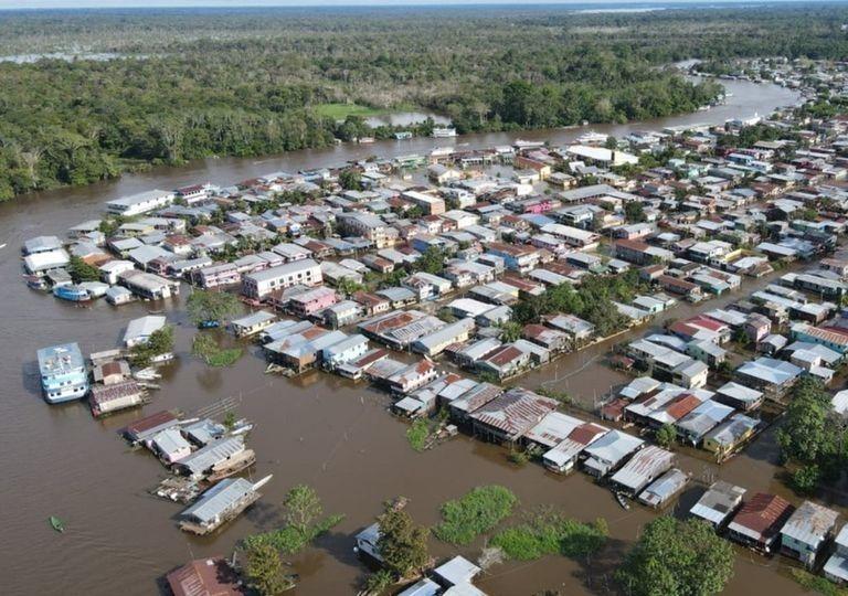 Amazonas vive uma das maiores cheias da história