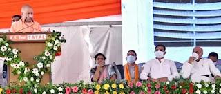 मुख्यमंत्री योगी ने जनपद गोरखपुर में कुल 187.50 करोड़ रु० लागत की कुल 16 परियोजनाओं का शिलान्यास किया