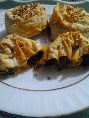 ıspanaklı  gül böreği