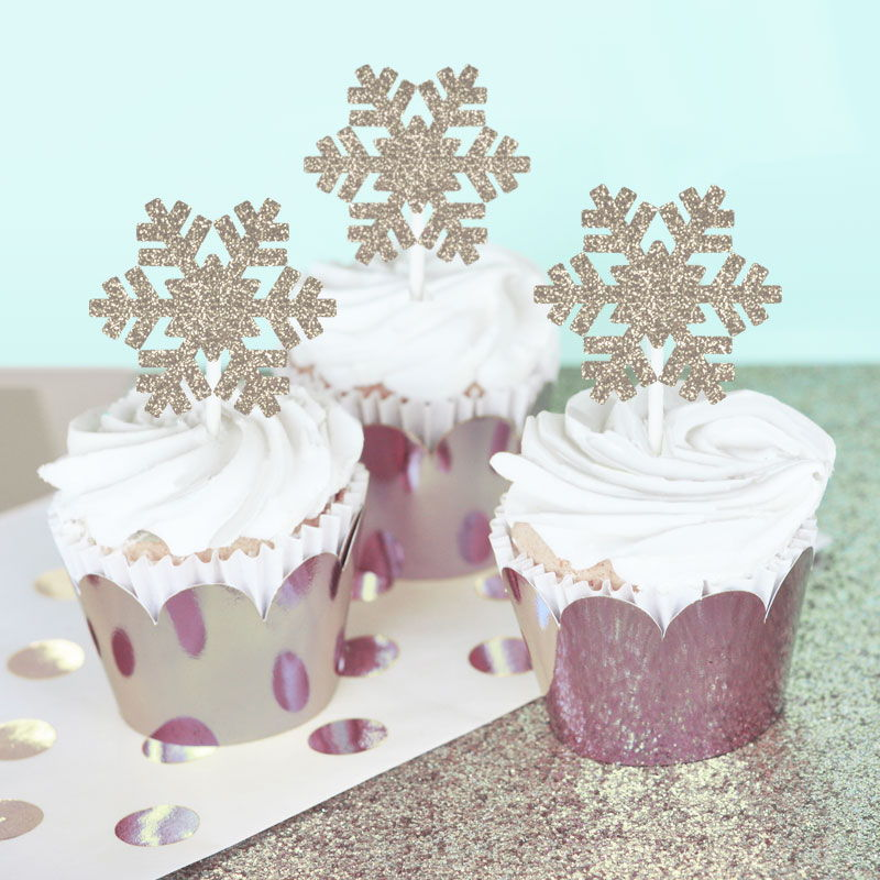 Silver Snowflake Party Ideas - party supplies, decorations, DIY crafts and favor ideas for winter birthday, wedding, baby shower or Frozen themed party! | BirdsParty.com