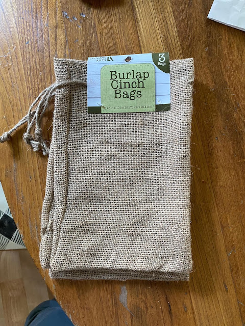 Photo of small burlap cinch sacks