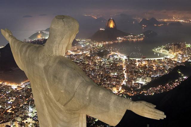 Noite no Cristo Redentor
