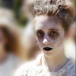 Dead undead zombie make-up costume DIY tutorial