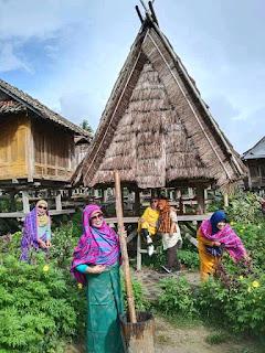 Wisata Budaya,  Uma Lengge Bima