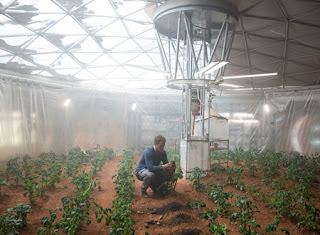 火星でじゃがいもを栽培するワトニー