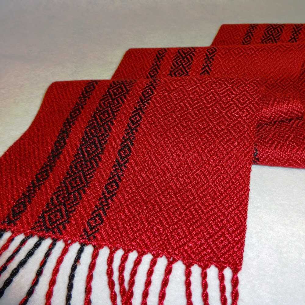 eweniquely ewe: Red and Black Scarves ready to sell