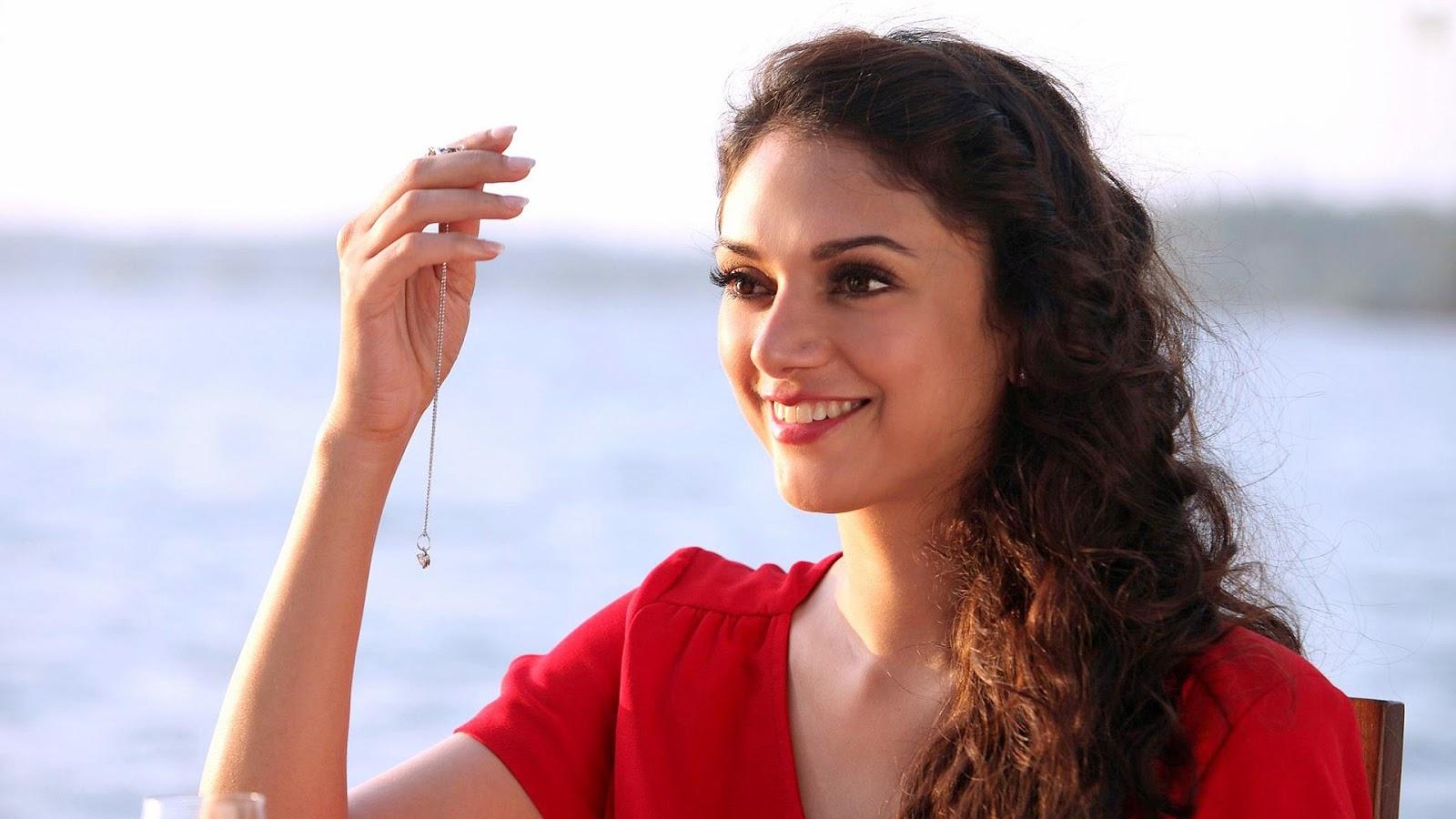 2017 aditi rao hydari actress latest stills - south indian stills