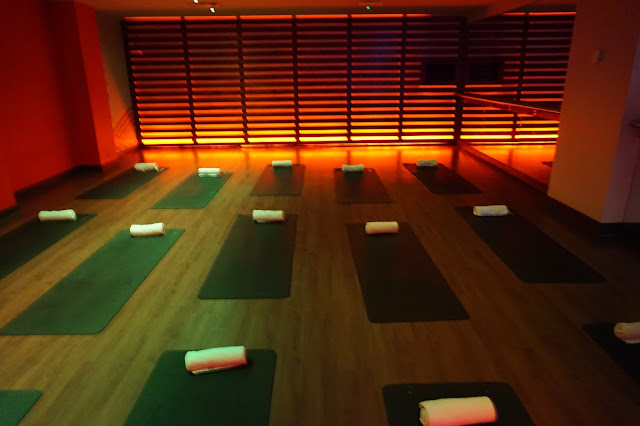 Hot Yoga Fitness First